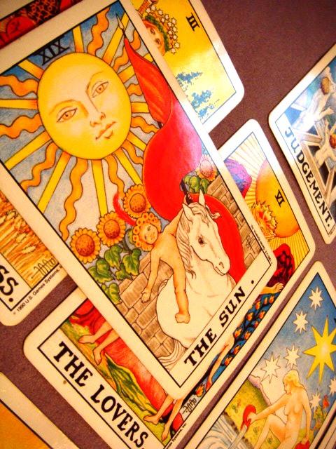 Tarot spread 8, photo by aquarian_insight